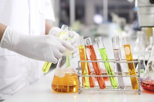 Reach Biotechnology Industry with Email Lists, Postal Lists